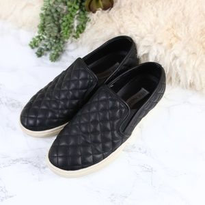 Steve Madden Ecentrcq Black Quilted Sneakers